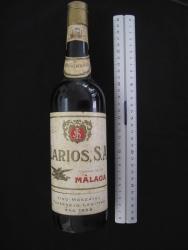 Botella vino moscatel Larios, años 60