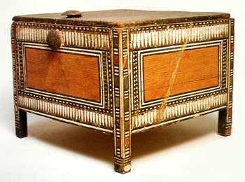 Decoracion-antiguo-Egipto-Living-Harmony-cofre-2