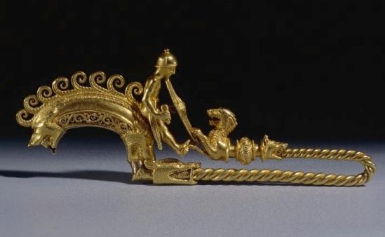 Fibula oro